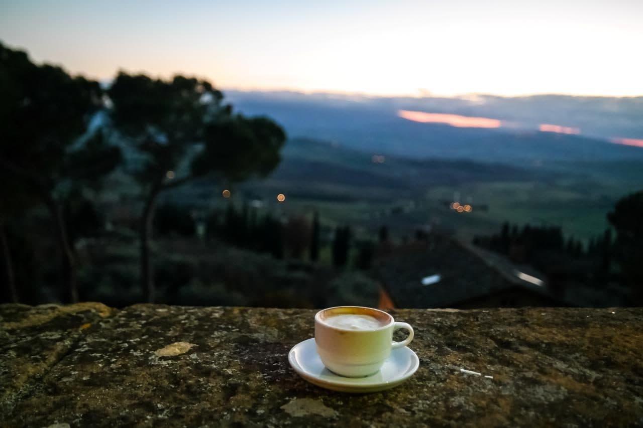 유럽 이탈리아 자동차여행_피엔차(Pienza) 발도르차 평원을 보면 마시는 커피 한잔, Image - Choi dongsoon