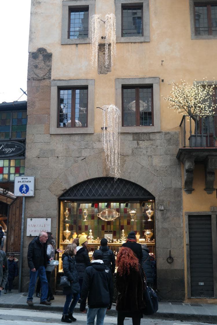 이탈리아 여행, 피렌체, 베키오다리(Ponte Vecchio) 앞, Image - Choi dongsoon