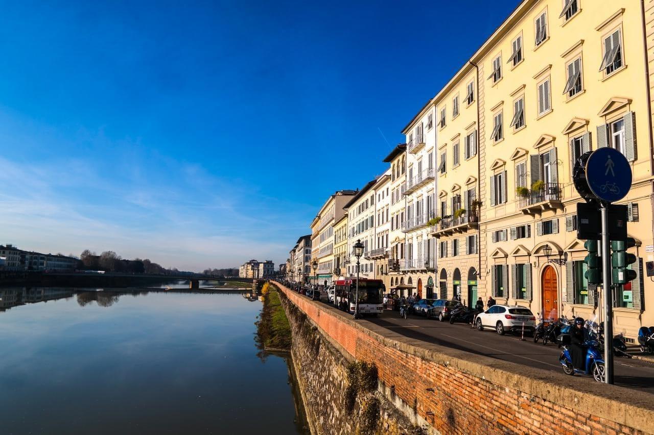 이탈리아 여행, 피렌체, 아르노강(Arno)을 건너는 카라이아다리(Ponte Alla Carraia)에서 바라본 피렌체 풍경2, Image - Choi dongsoon