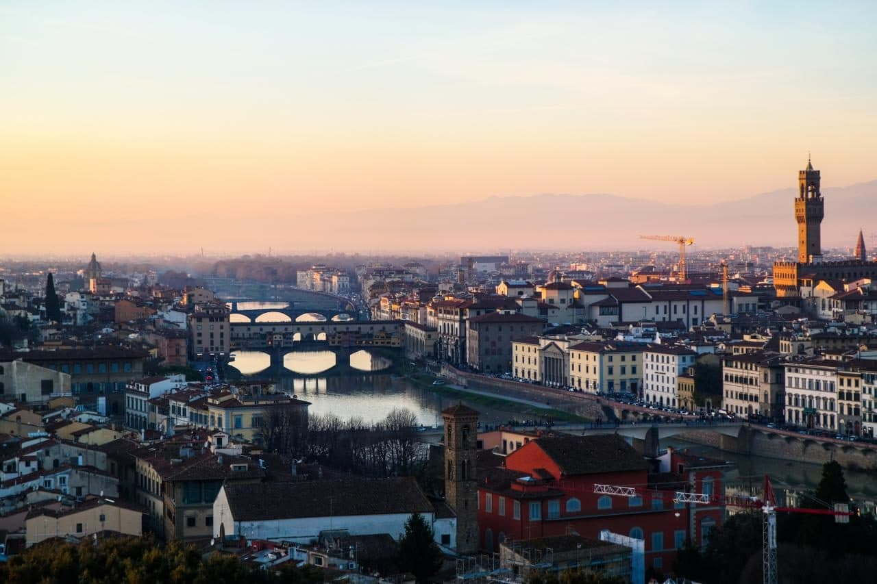 이탈리아 여행, 피렌체 야경이 아름다운 미켈란첼로 광장, 미켈란첼로광장에서 바라본 아르노강과 베키오다리 풍경, Image - Choi dongsoon