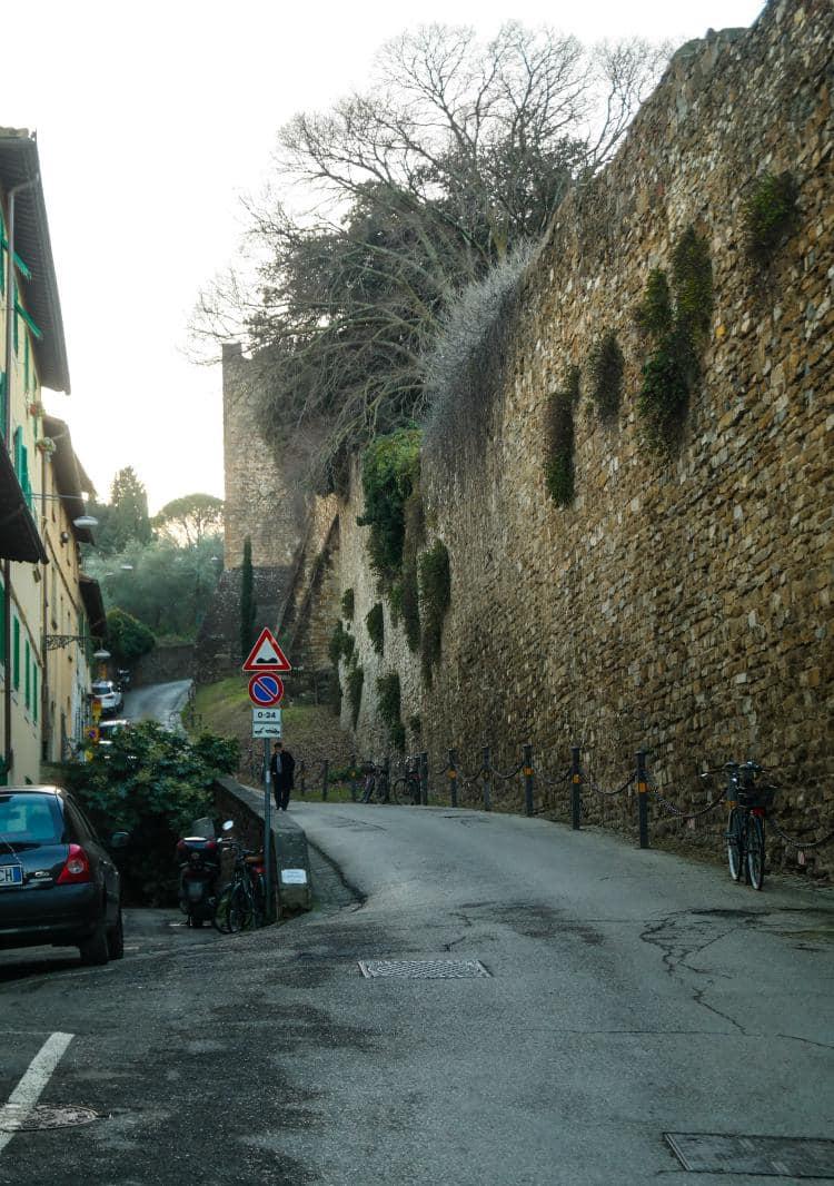 이탈리아 여행, 피렌체 야경이 아름다운 미켈란첼로 광장, 미켈란첼로광장으로 올라가는 골목길 풍경, Image - Choi dongsoon