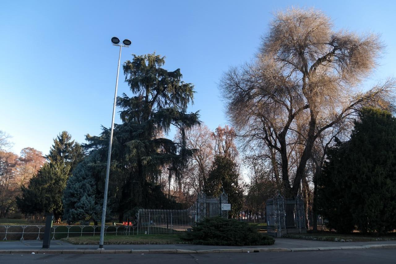 이탈리아 자동차 여행 - 밀라노 Indro Montanelli Park 입구 풍경,  Image by Happist