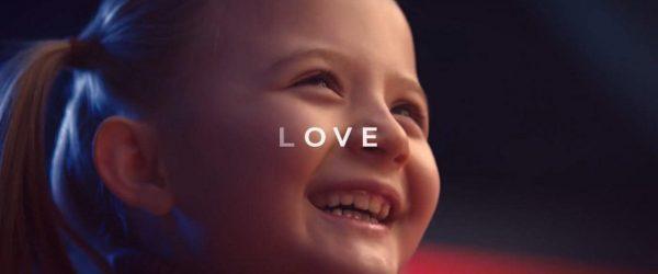 간만의 멋진 현대차 광고 - 기술의 MOVE를 넘어 당신의 LOVE로 6