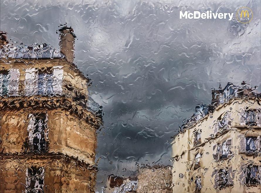 맥도날드 프랑스의 예술감 넘치는 맥딜러버리 광고 04, McDonald's France Created Lovely, Impressionistic Ads About Days That Call for Delivery, mcdelivery-2019, Image - McDonald