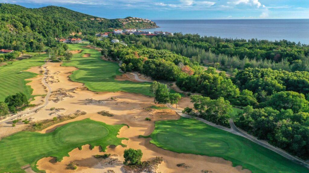 라구나 랑코 골프클럽(Laguna Lang Co Golf Club), 하늘에서 바라본 골프장 풍경 02