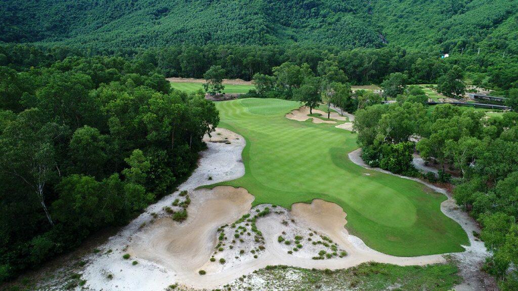 라구나 랑코 골프클럽(Laguna Lang Co Golf Club), 하늘에서 바라본 골프장 풍경 03