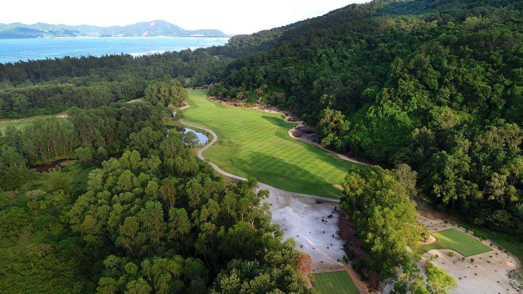 라구나 랑코 골프클럽(Laguna Lang Co Golf Club), 하늘에서 바라본 골프장 풍경 09