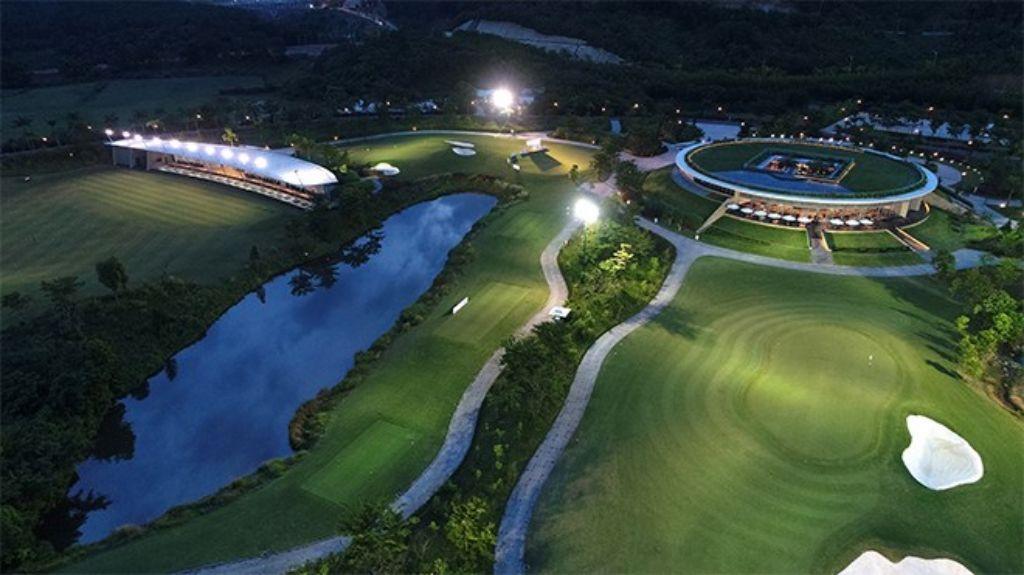 바나힐 골프클럽(Ba Na Hills Golf Club), 드라이빙 레인지 야간 모습, BaNaHills_Night18CH_0082-1