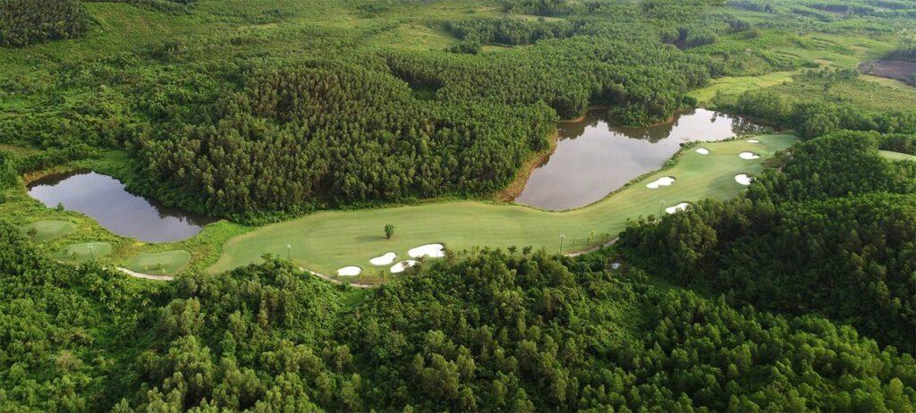 바나힐 골프클럽(Ba Na Hills Golf Club), BaNaHills_11AerialWidePano_1A179