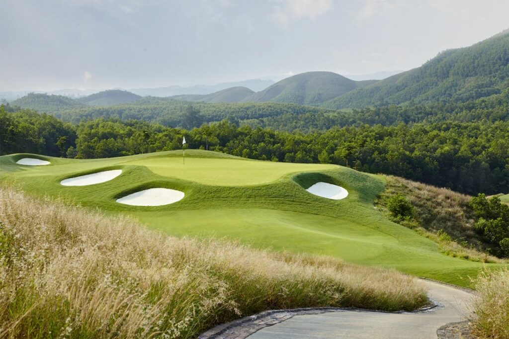 바나힐 골프클럽(Ba Na Hills Golf Club), BaNaHills_Hole12