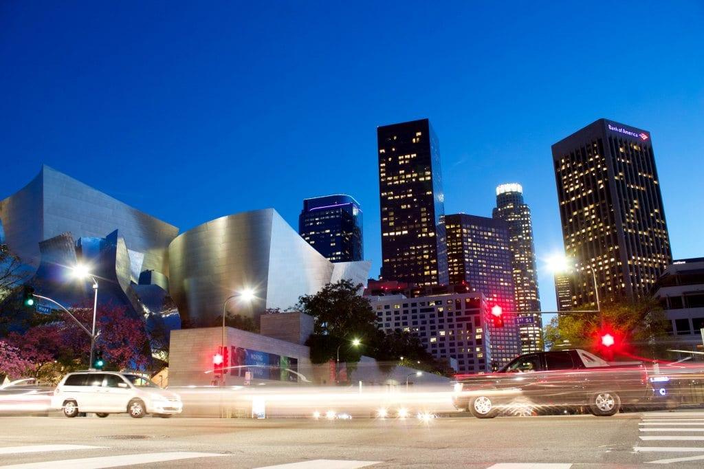 로스엔젤레스 야간 도로 풍경, Los Angeles,Featured, Photo by jeremy-bishop