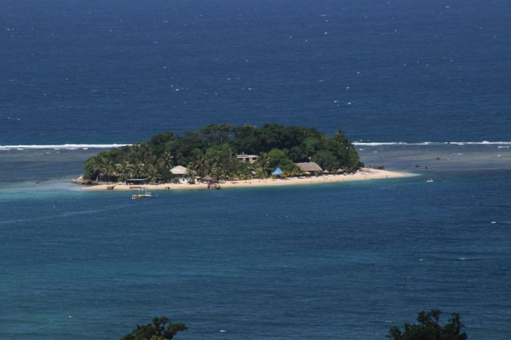 바누아투(VANUATU)섬 해변가 풍경, Photo by Wreindl