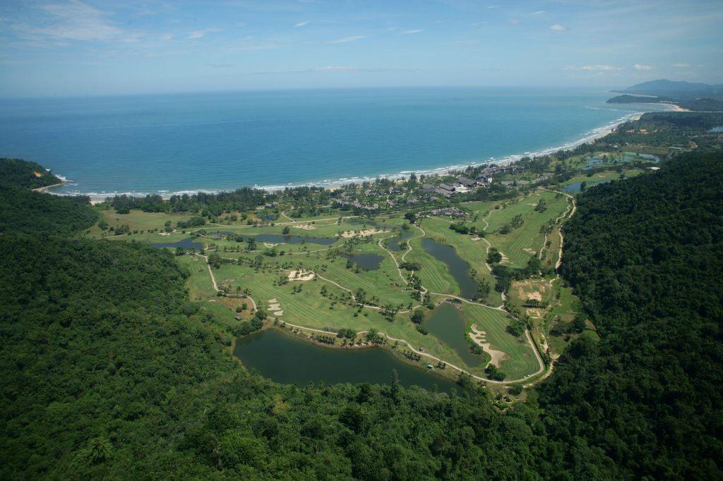 코타키나발루 가람부나이 GC(Nexus Golf Resort Karambunai) 보르네오 열대우림쪽 필드 전경, Image from Nexus Golf Resort Karambunai
