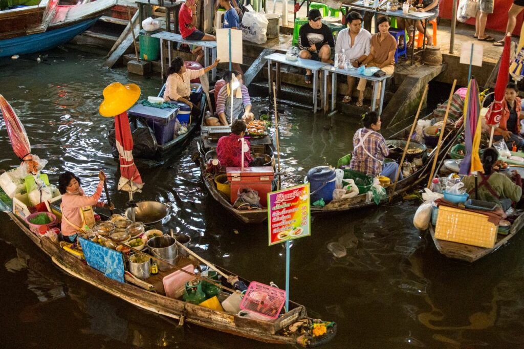 태국 암파와 수상 시장(Amphawa Floating Market), 여자 상인들, Photo by Moody Man