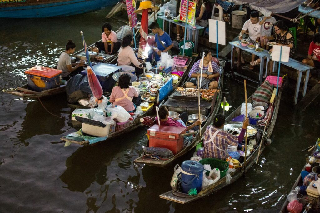 태국 암파와 수상 시장(Amphawa Floating Market), Photo by Moody Man