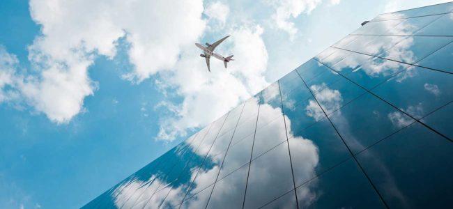 회사 건물과 비행기, Image from Qatar Airways