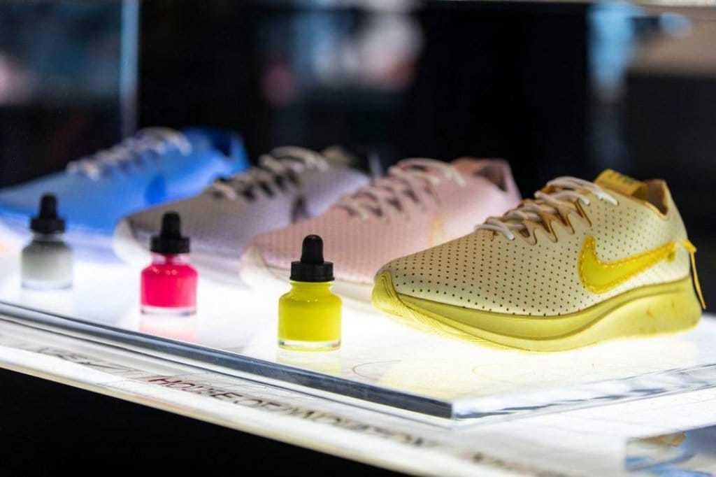 뉴욕 5번가에 있는 나이키 플래그쉽 스토어, Nike NYC's customization opportunities get put on display, Imag from Nike