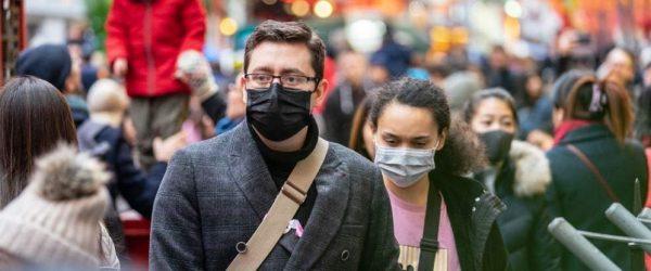 코로나 바이러스로 마이크를 쓴 사람들, Image from IMF