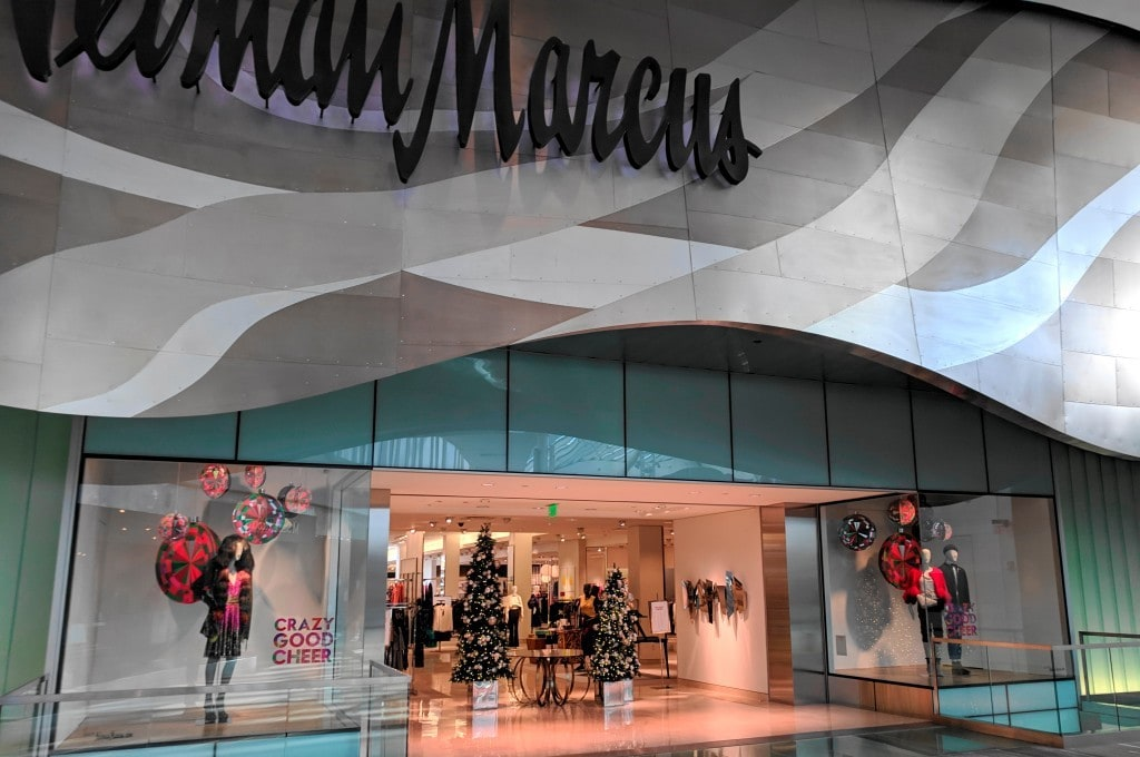 미국 럭셔리 백화점 니만 마커스, Neiman Marcus (Natick Mall, Natick, Massachusetts), Photo by JJBers