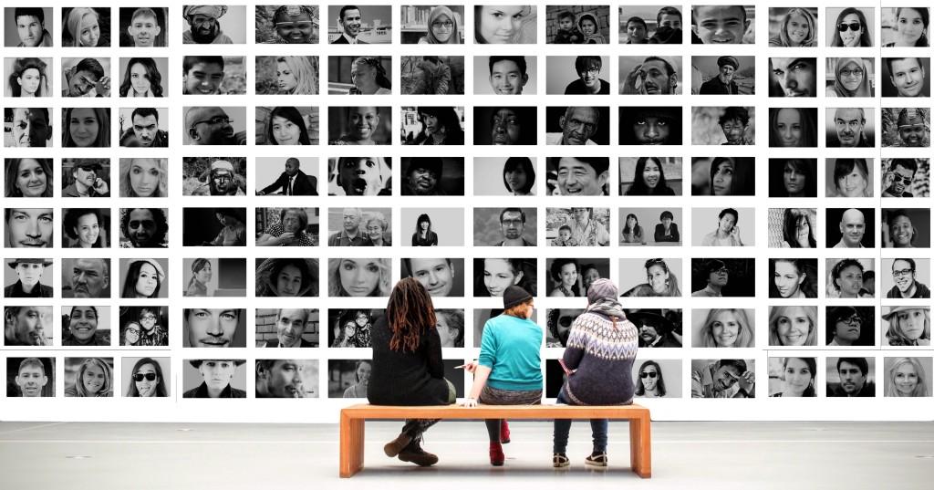 애플과 페이스북의 고객 데이타 확보 경쟁, 반목속에 실질적 동맹 가능성