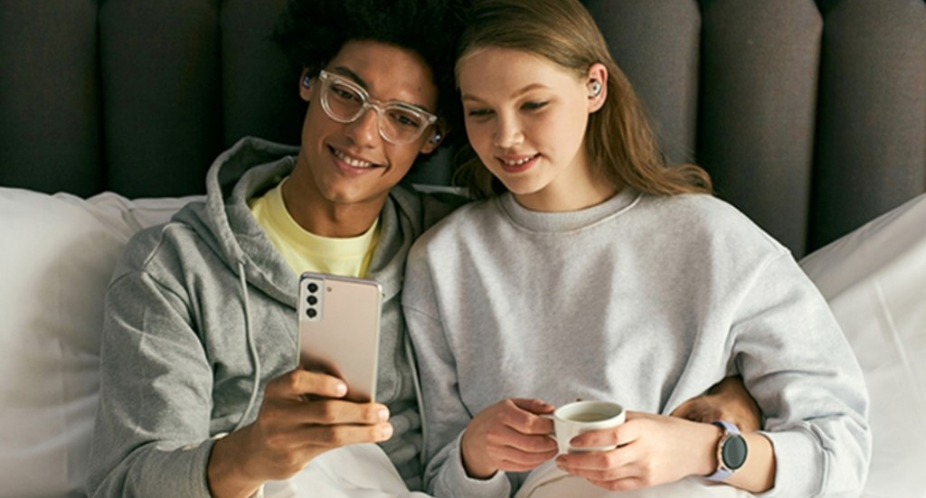 20년 4분기 스마트폰 점유율, 애플 23.4%의 영광은 지속될까? 삼성의 반격은?