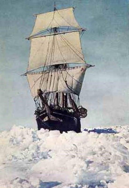 어니스트 새글턴의 제국 남극 탐험대(Imperial Trans-Antarctic Expedition)가 타고 떠났던 인듀어런스호 모습, The EnduranceIn Full Sail