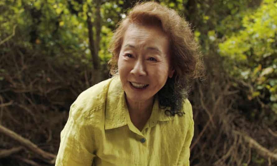 윤여정, 한국 최초 오스카 여우조연상 수상, 미나리에 출연한 윤여정
