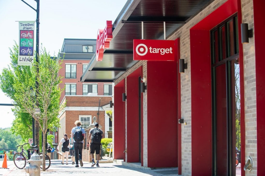미국 조지아주 아네테 소재 소형 타겟 매장, Target small format store, Image from QZ