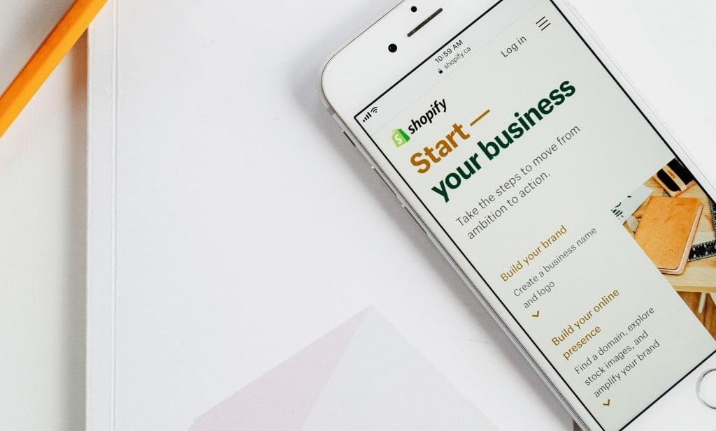 쇼피파이로 시작하는 온라인쇼핑 비즈니스, shopify start your busness, Pho by Roberto Cortese