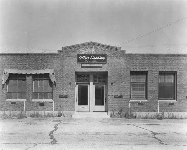 알텍 란싱 사옥, 6900 McKinley Ave. Under Altec Lansing Ownership, Image from Harman Internation